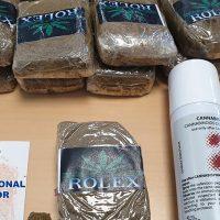Detenido con 1,5 kilos de hachís que llevaba en una bolsa de supermercado