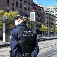 Denuncias en Granada: Ocho identificados por celebrar un cumpleaños de madrugada en la calle
