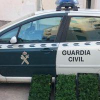 Lo pillan en un control en Granada con 19 kilos de marihuana en el doble fondo de su furgoneta