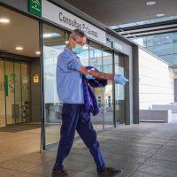 Granada suma 53 positivos en las últimas 24 horas y un nuevo paciente en la UCI