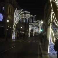 Granada enciende las luces de Navidad: un alumbrado sorpresa y «responsable»