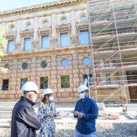 Comienzan los trabajos de restauración de las portadas del Palacio de Carlos V
