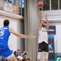 El Coviran Granada doblega al Melilla Baloncesto