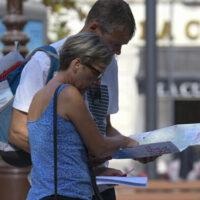 Granada llega al fin de semana con otra bajada de tasas pero a punto de tocar el fin de la quinta ola